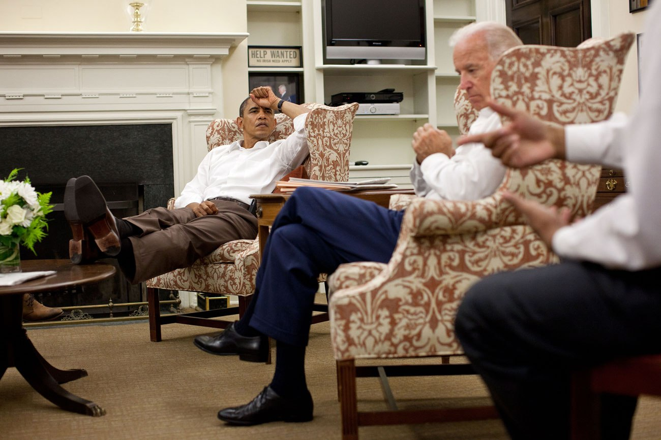 Foot Worship Under Table : Barack Obama: Guilty Of Conduct Unbecoming Of A U.S. President  SOTN ...
