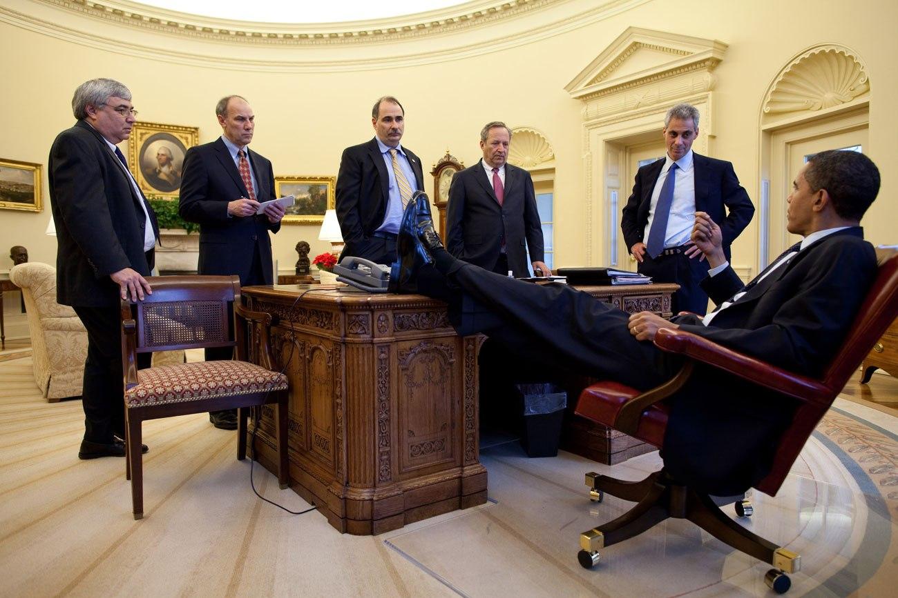 barack-obama-laid-back.sl.20.obama-lean-back-ss18