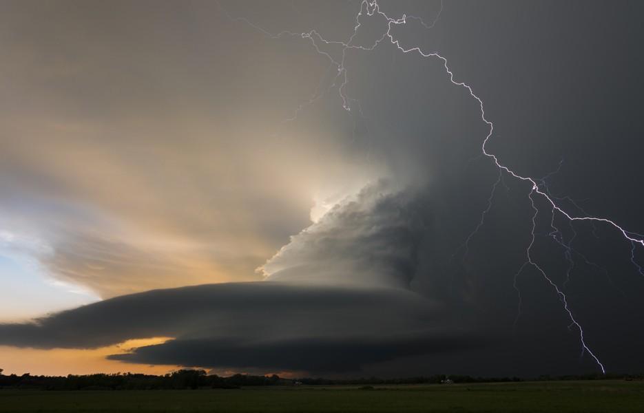 lightning-thunderstorm-935-1375402581-1