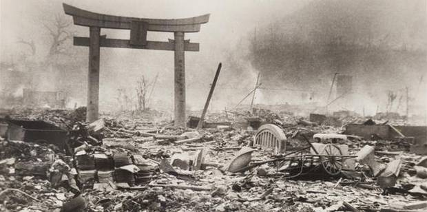 Nagasaki one day after the atomic bombing seen in newly-discovered pictures