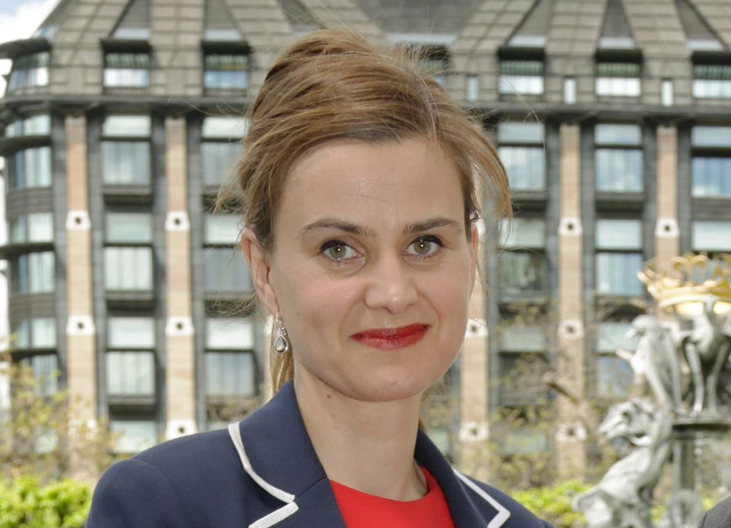 Newly elected Labour MPs. Jo Cox (left) MP for Batley & Spen, with Holly Lynch, MP for Halifax (right) at a photocall of newly elected Labour MP's at Westminster, central London. Picture date: Tuesday May 12, 2015. See PA story POLITICS Labour. Photo credit should read: Yui Mok/PA Wire URN:22984252